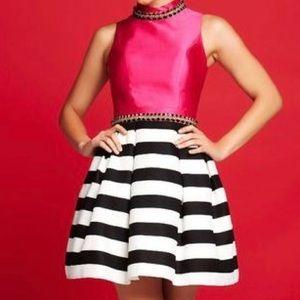 New Size 2 Mac Duggal homecoming dress